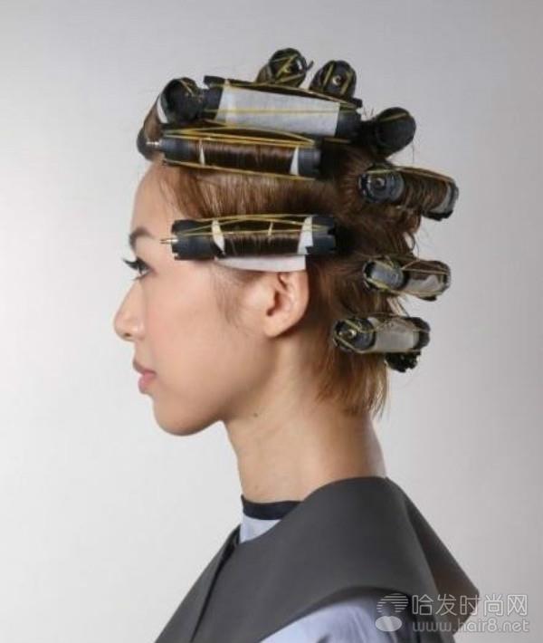 蓬松短发技巧剪烫发发型_发型v短发女士叫卓文萱什么的图片