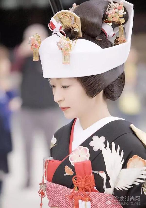 《笃姬》中的宫崎葵梳的就是岛田式发髻