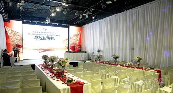盛装晚宴,红毯酒会!毛戈平形象设计学校的毕业典礼原来是这样!