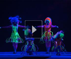 荧幻海底——中国时尚定制师盛汇